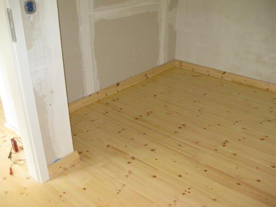 stralsund reserviert wohnen auf 2 etagen 3 zi holzdielen wohnk che tolles bad kerstin. Black Bedroom Furniture Sets. Home Design Ideas